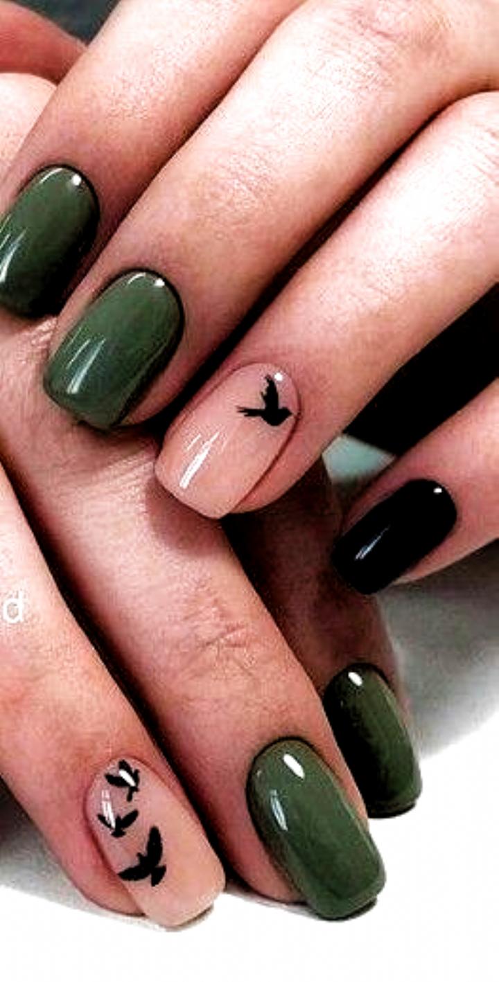 Nail Art 2019 Kosmic Nails Fall In 2020 Fall Nail Art Designs Green Nails Nail Art Designs