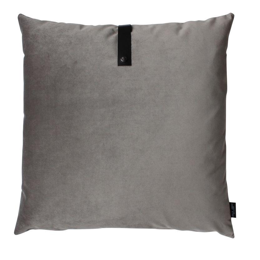 Musse grå velour pude 65 cm x 65 cm