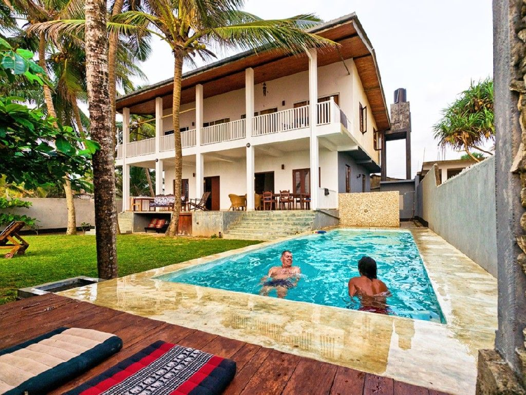 Awesome South West Sri Lanka House Rental: Holiday House Direct On The Beach In Sri