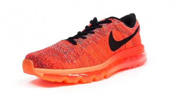 Nike Flyknit Max University Red