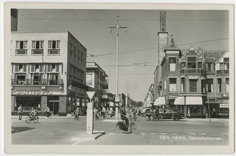 'Bomenbuurt' The Hague , ''Dansschool Wim Lier and Vroom'! Good memories of my childhood!