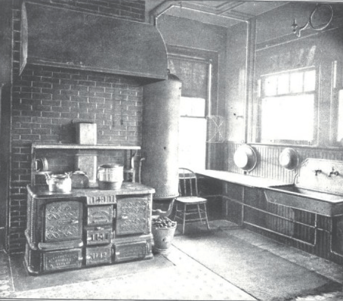 Pin By Sparrowhaunt On Historic Kitchens