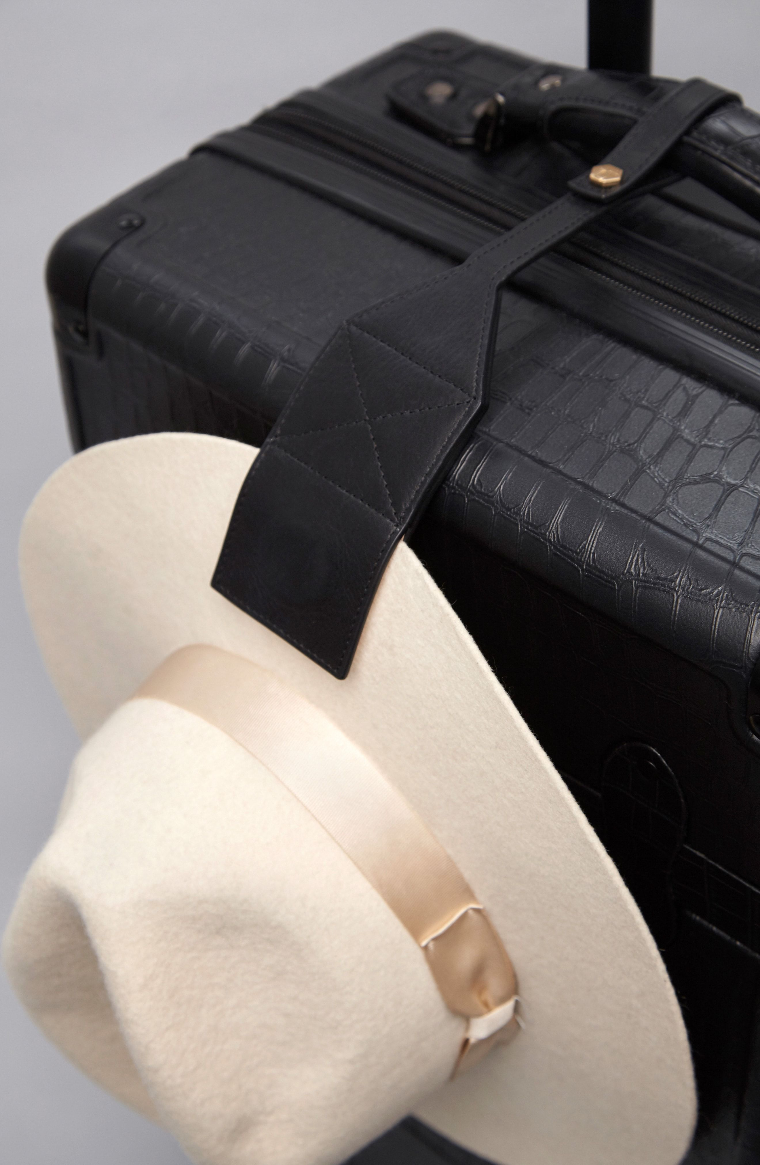 Toptote Luggage Tag Hat Clip Available At Nordstrom Leather Hats Hat Clips Luggage Tags