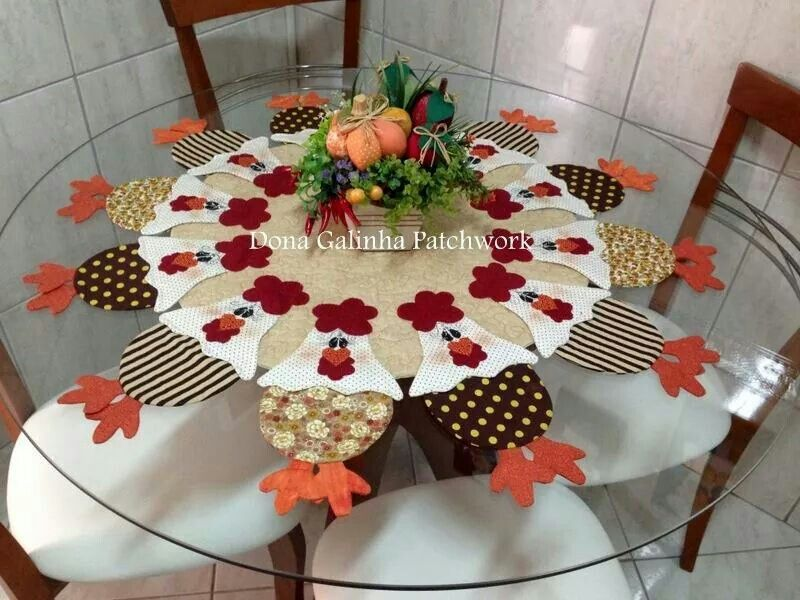 Toalla gallinas caminos de mesa y manteles pinterest for Apliques para toallas