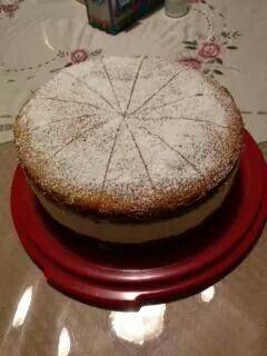 fb>>Deutsche Kueche - Amerikanische Zutaten Käse - Sahne - Torte Zutaten 4  Ei(er), wiegen Butter, Gewicht der Eier Zucker, Gewicht der Eier Mehl, Gewicht der Eier 2 TL.   Backpulver 2 EL.  Wasser 500 g  Quark, Magerstufe (Yogurt) 2   Eigelb 1 Prise  Salz 150 g  Zucker 1   Zitrone(n), Saft davon 450 g  Sahne, geschlagen ***12 Blatt Gelatine