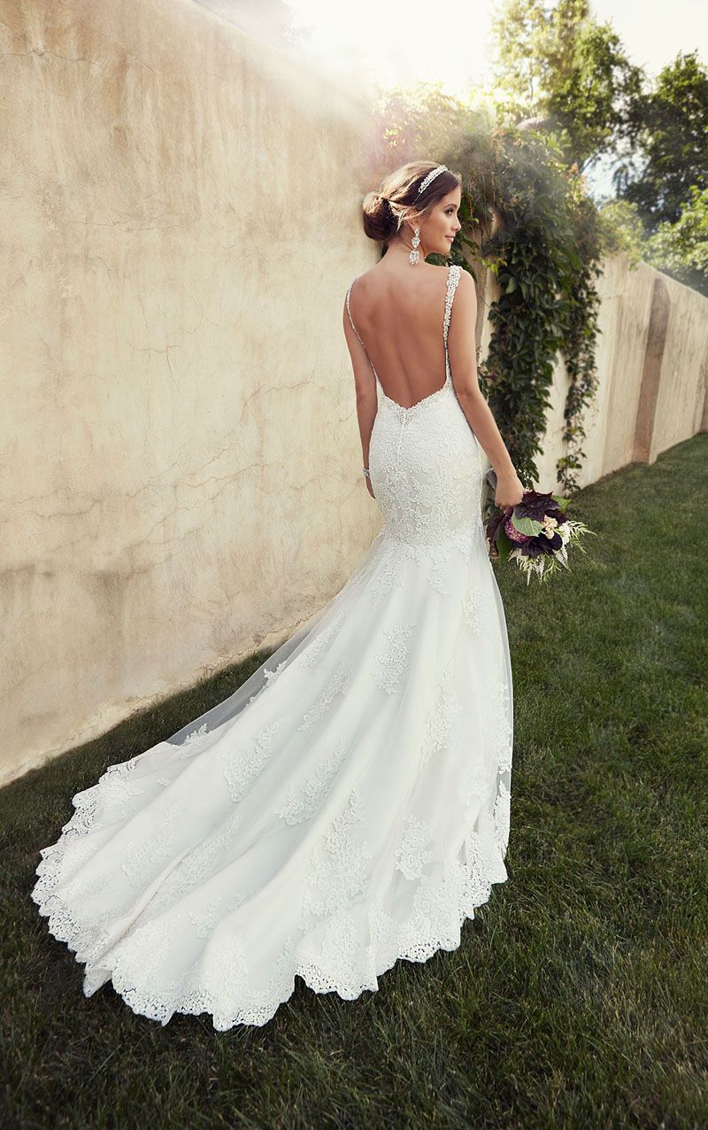 Ivory Lace Tulle Beaded Mermaid Backless Long Tail Wedding Dress