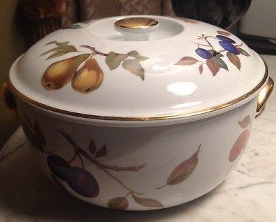 VINTAGE Royal Worcester EVESHAM GOLD Trim Serving Casserole Bowl Dish with Lid & Vintage Royal Worcester Evesham Gold Trim Serving Casserole Bowl ...