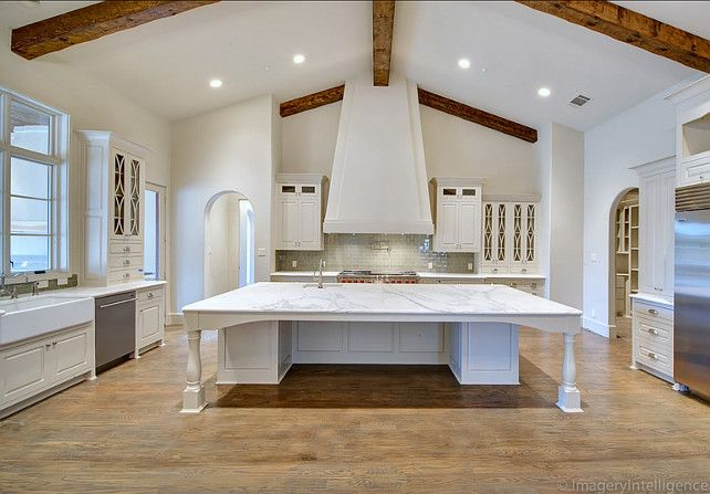 White U Shaped Kitchen W Vaulted Ceiling Kitchen Island
