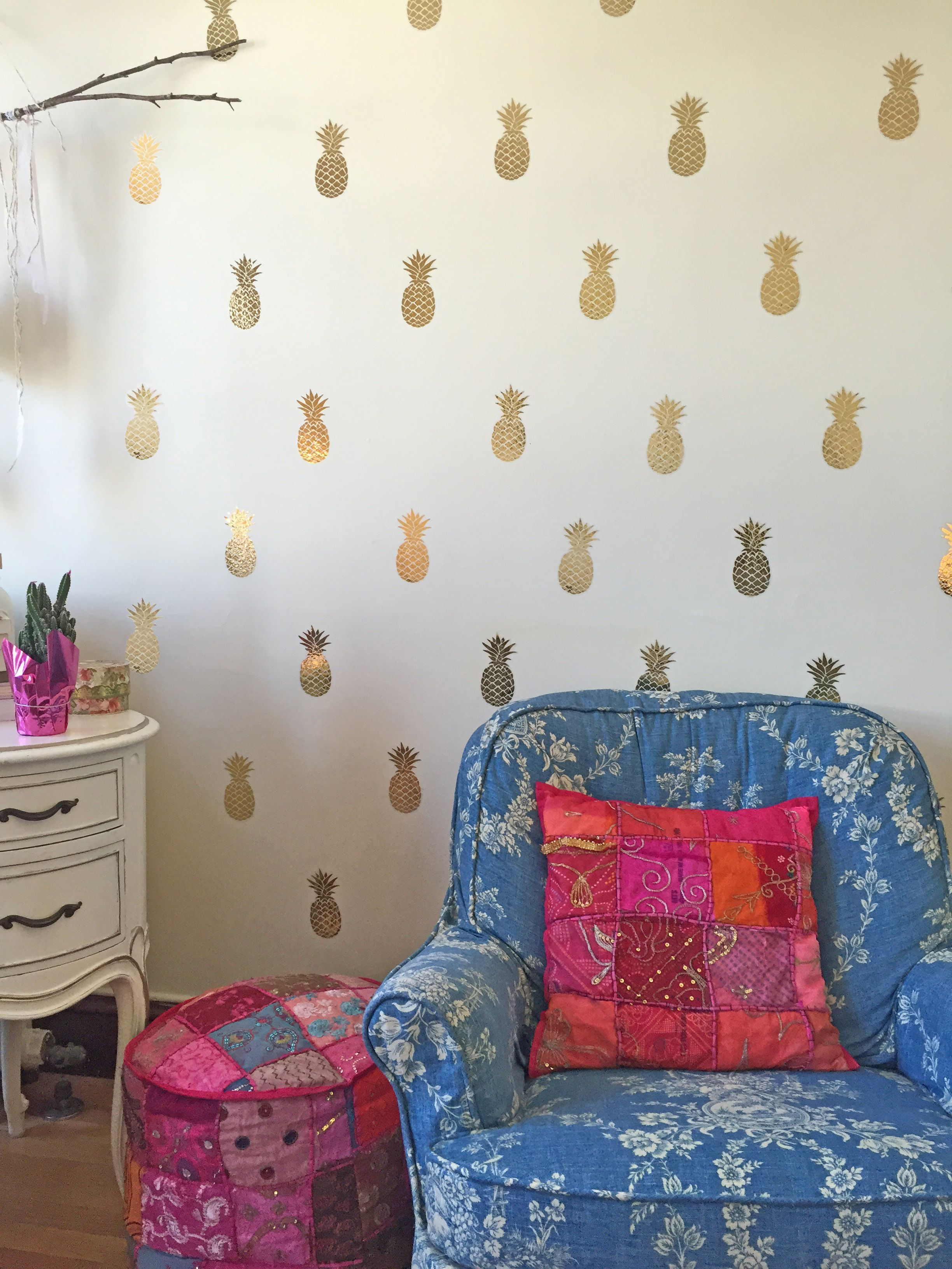 Gold Pineapple Wall Decalslooks Like Pineapple Wallpaper Put A - Wall decals like wallpaper