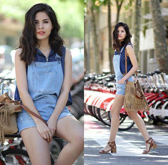More looks by Adriana Gastélum: http://lb.nu/bagt  #casual #chic #minimal #overalls #denim #doubledenim #croptop #fringes #sandals
