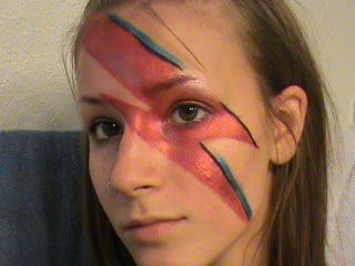 Life Is Magical David Bowie Lightning Bolt Makeup Tutorial Lightning Bolt Costume Makeup David Bowie Lightning Bolt