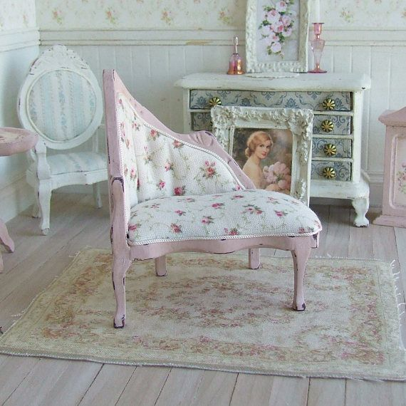 Dollhouse Miniature Pink Chaise Lounge Dolls House Sofa