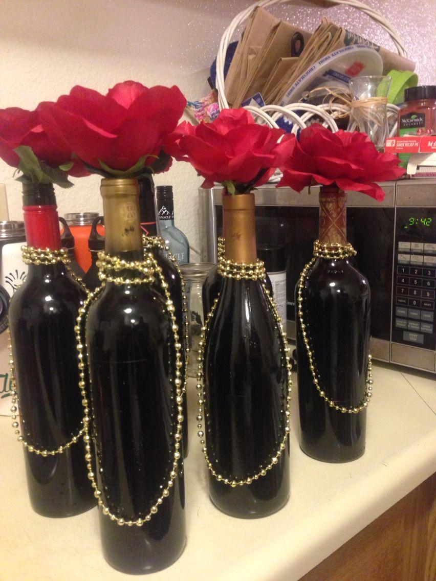 Simple gatsby wine bottle centerpiece