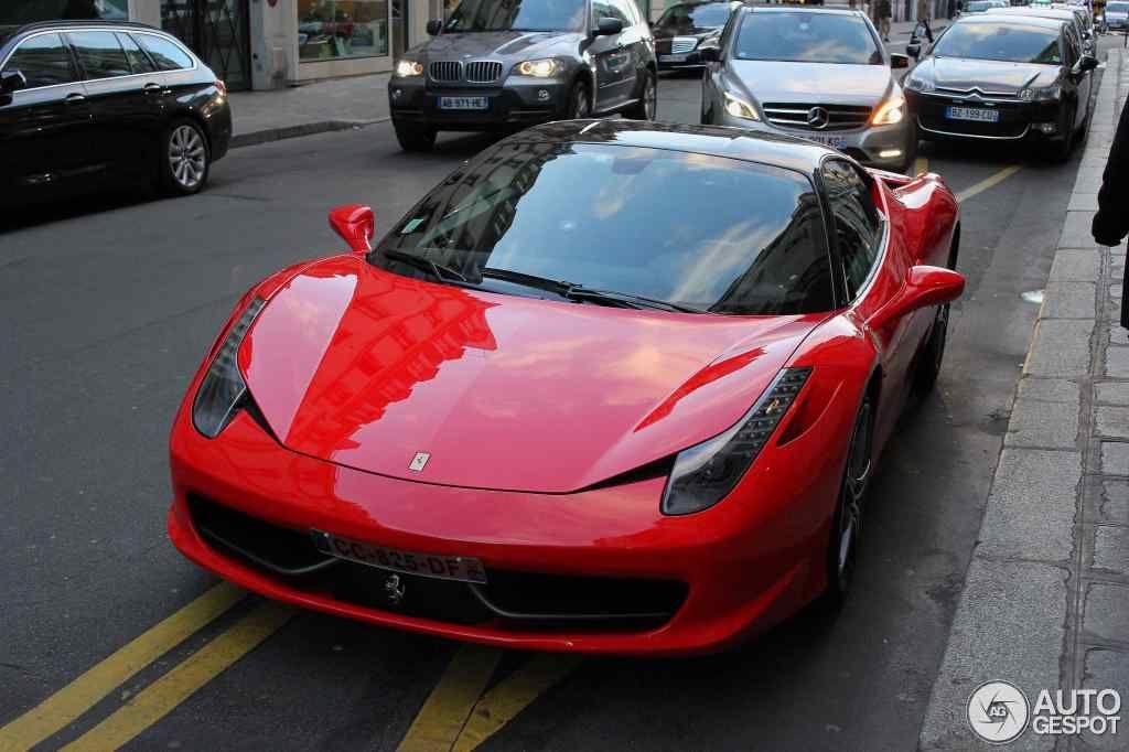 2014 Ferrari 458 Italia.