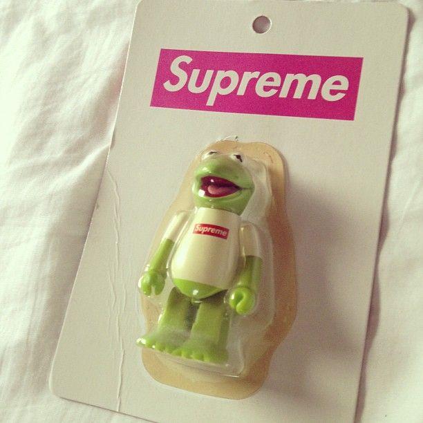 #supreme #kubrick #muppets #kermit
