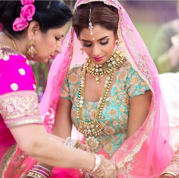 Unknown•Instagram | Brides | Pinterest | Hindus