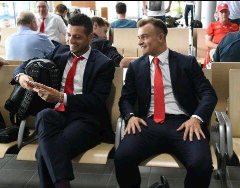 Swiss Football Team Blerim Dzmaili And Xherdan Shaqiri Inter Mailand Vilnius Bilder