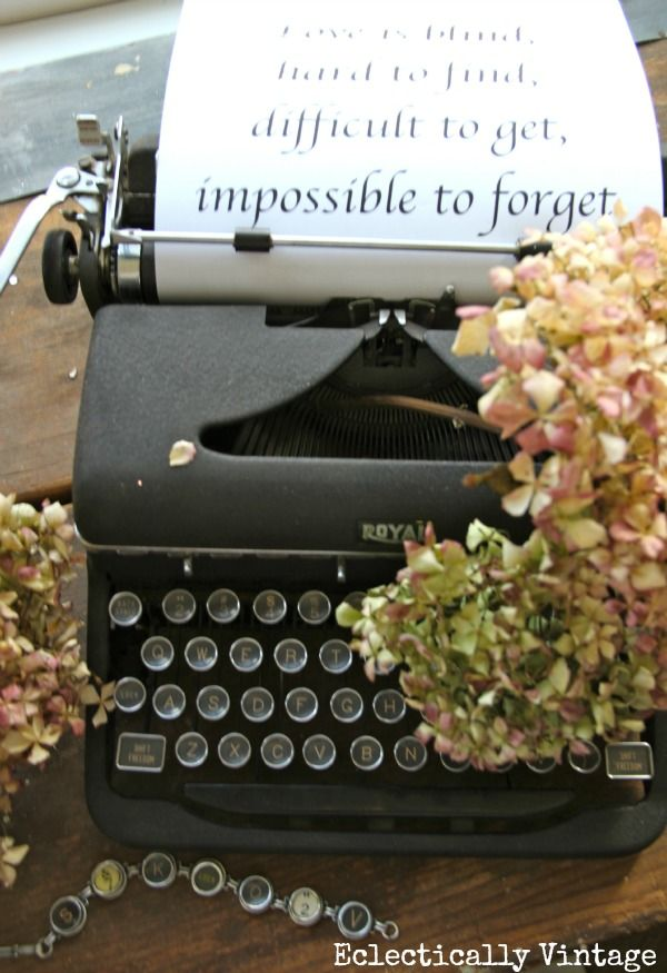 Antique Typewriter ... and a love letter