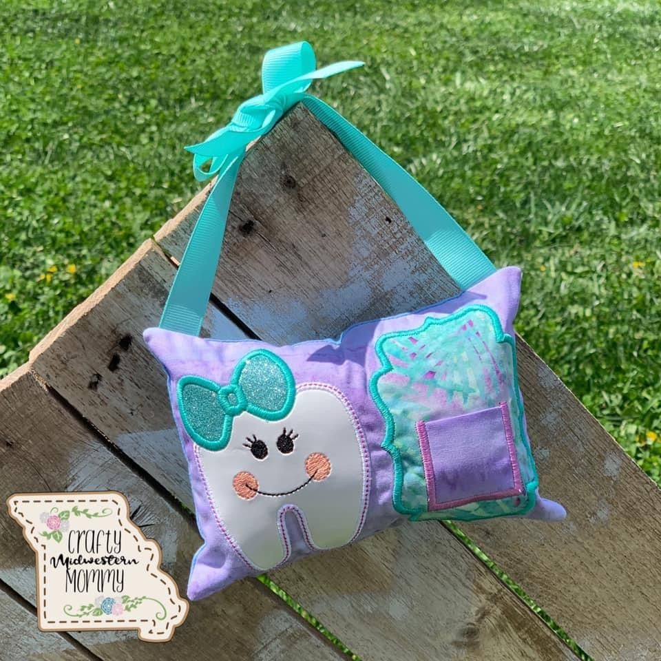 Tooth fairy pillow can be made for boys and girls! #toothfairy #toothfairyiscomingtonight #toothfairyiscoming #toothfairytime #toothfairyideas #toothfairypillow #toothfairypouch #handmade #kidstoothfairy