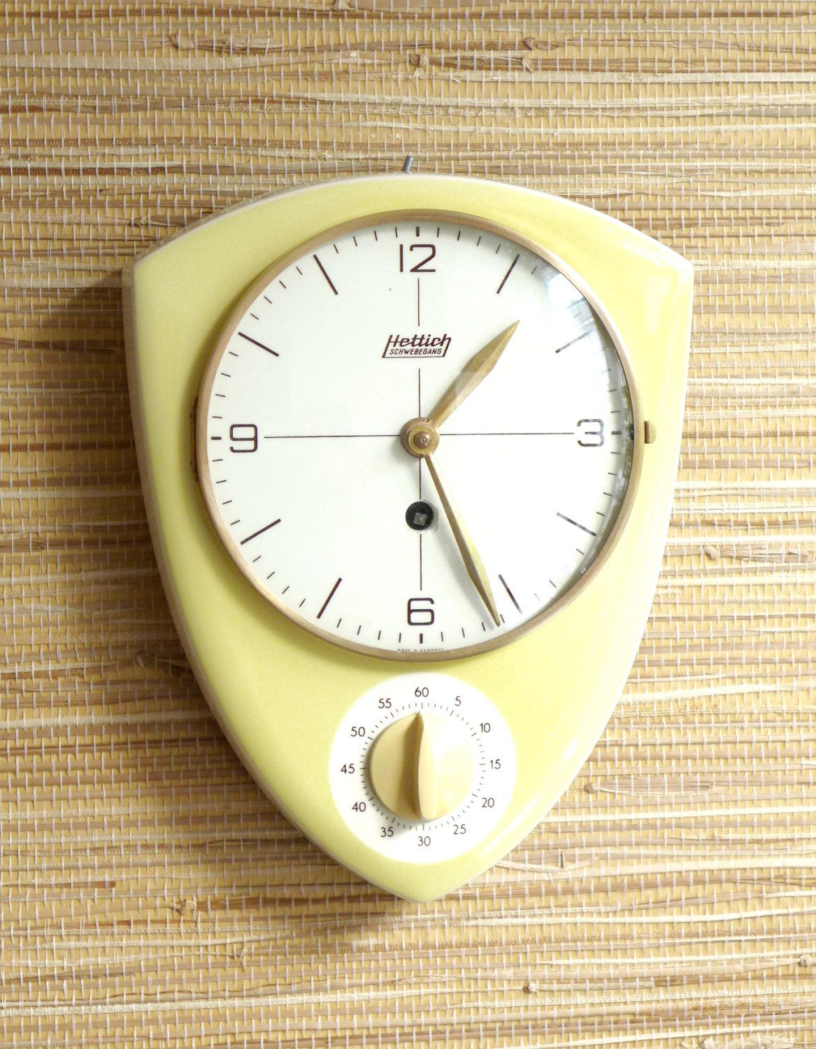 Kitchen Clock Egg Timer   Wall Clock Wind Up   Vintage Deco   Made In