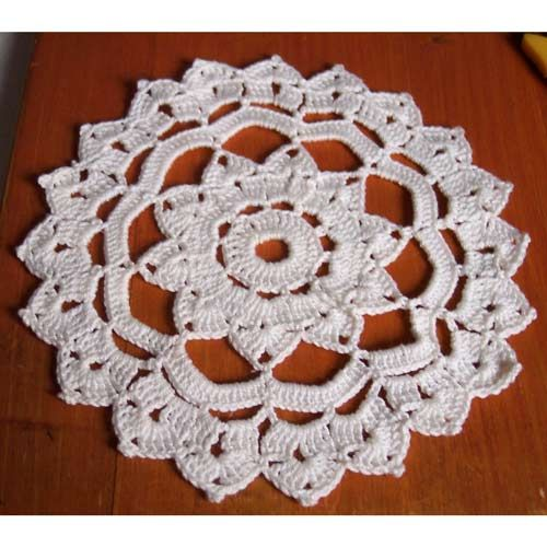 Rosette Doily (doily patterns) - links to others as well