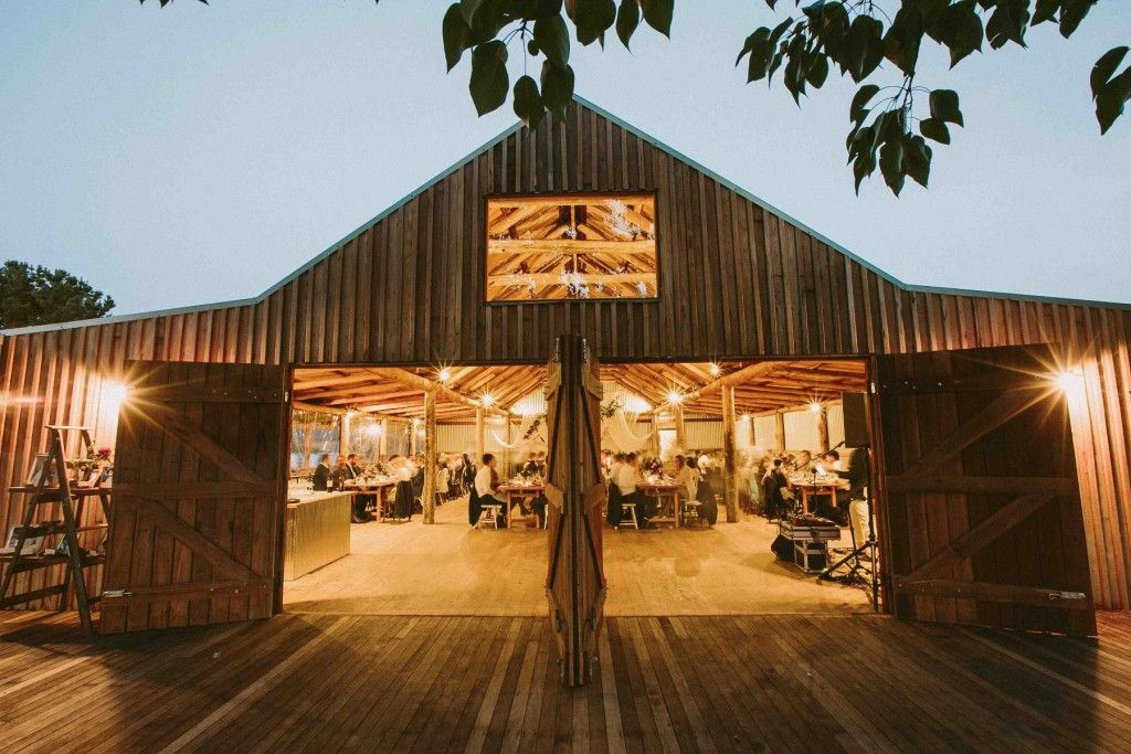 Barn wedding venues central coast nsw accommodation