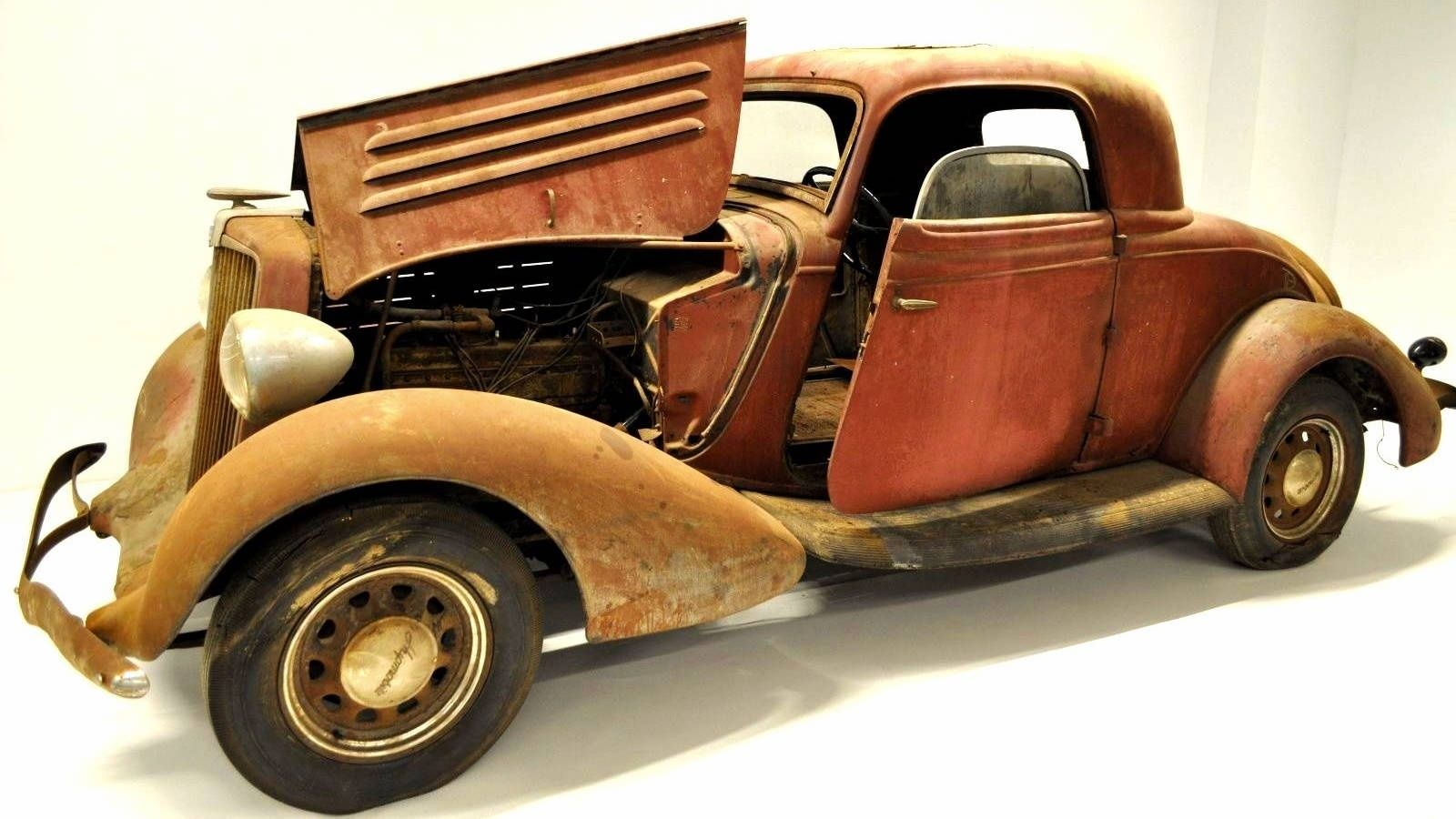 Not A Ford 1934 Hupmobile 417 W Coupe Ford Coupe Antique Cars