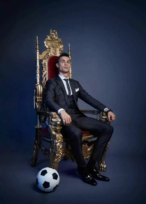 The KING of football !!  💎💎💎💎💎💎💎💎               👑              CR7 💎💎💎💎💎💎💎💎