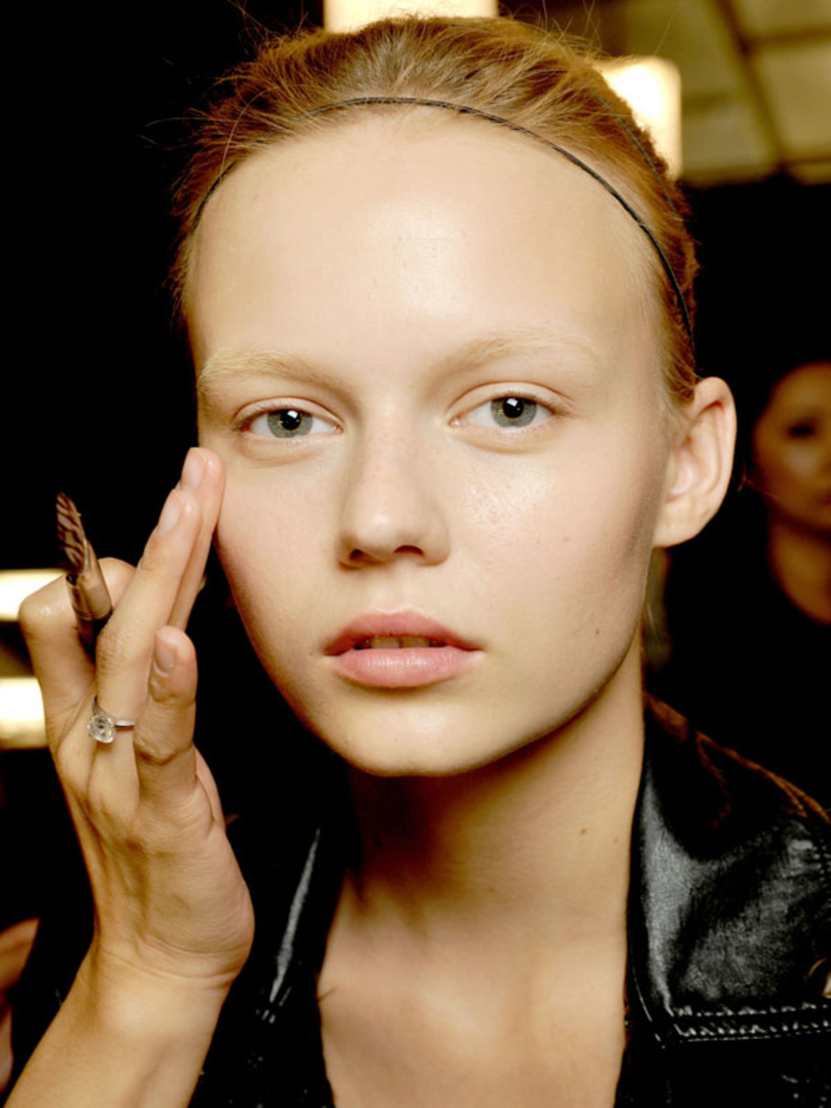 7 Foundation Mistakes That Make You Look Older
