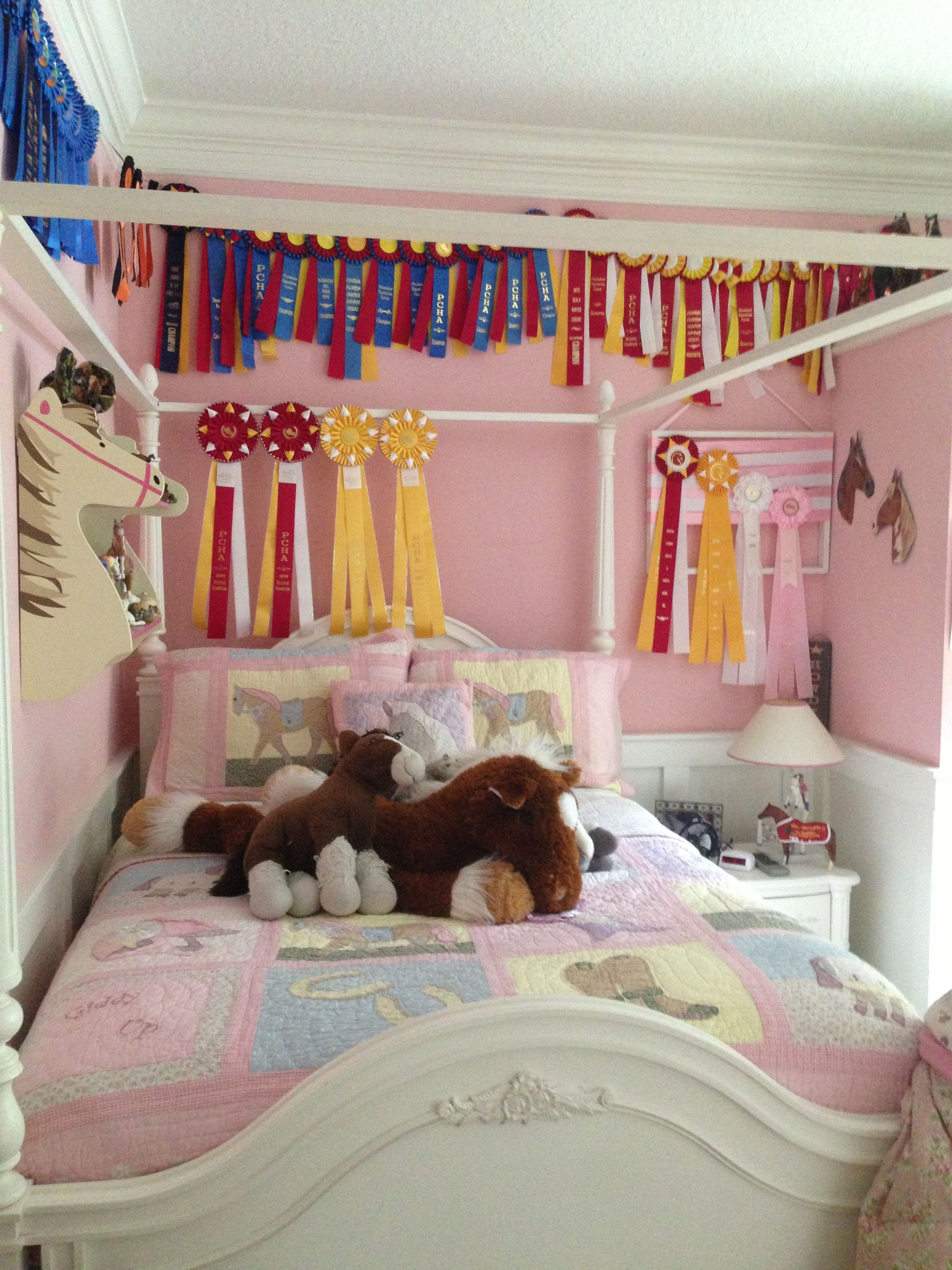 Nice Horse Themed Bedroom Decorating Ideas Part - 1: Horse Themed Bedroom For The Feminine Year Old Crowd. Ohh, Love The Idea To  Put The Ribbons Around The Old Bed Canopy!