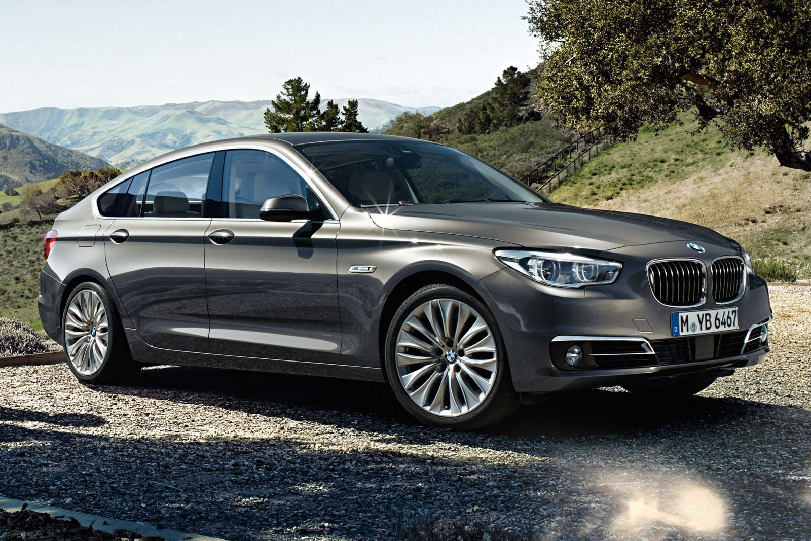 The 2015 bmw 5 series gran turismo is a practical hatchback alternative to luxury suvs is this the future of the premium family vehicle