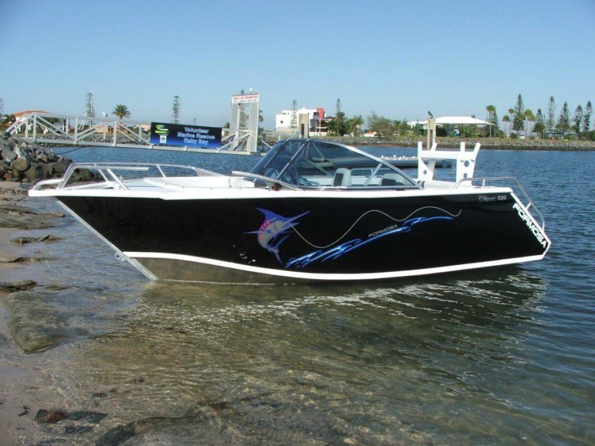 New Formosa Tomahawk Classic 520 Bowrider Power Boats