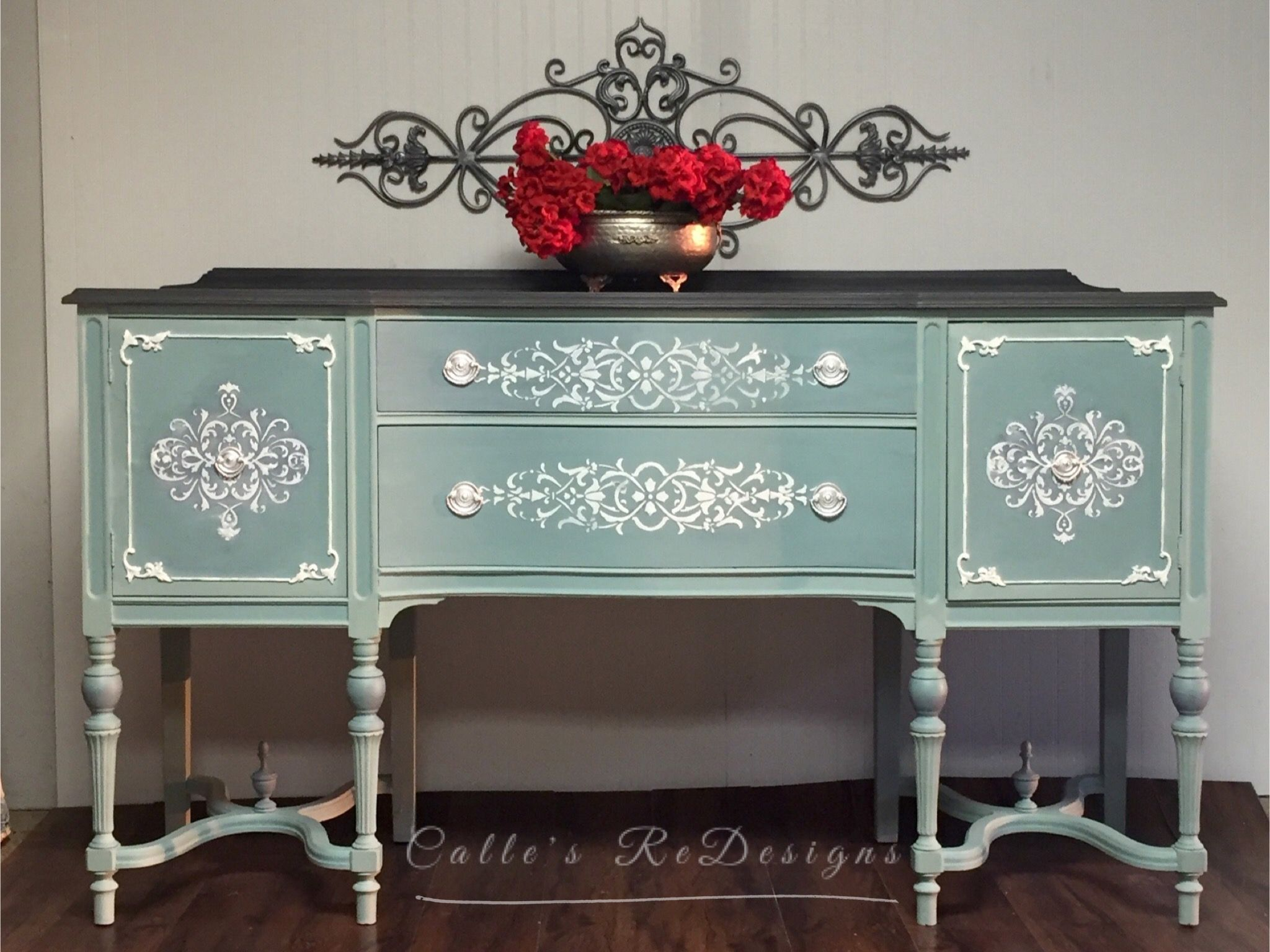 Buffet, Sideboard, TV Console, Dresser. For sale at Calle