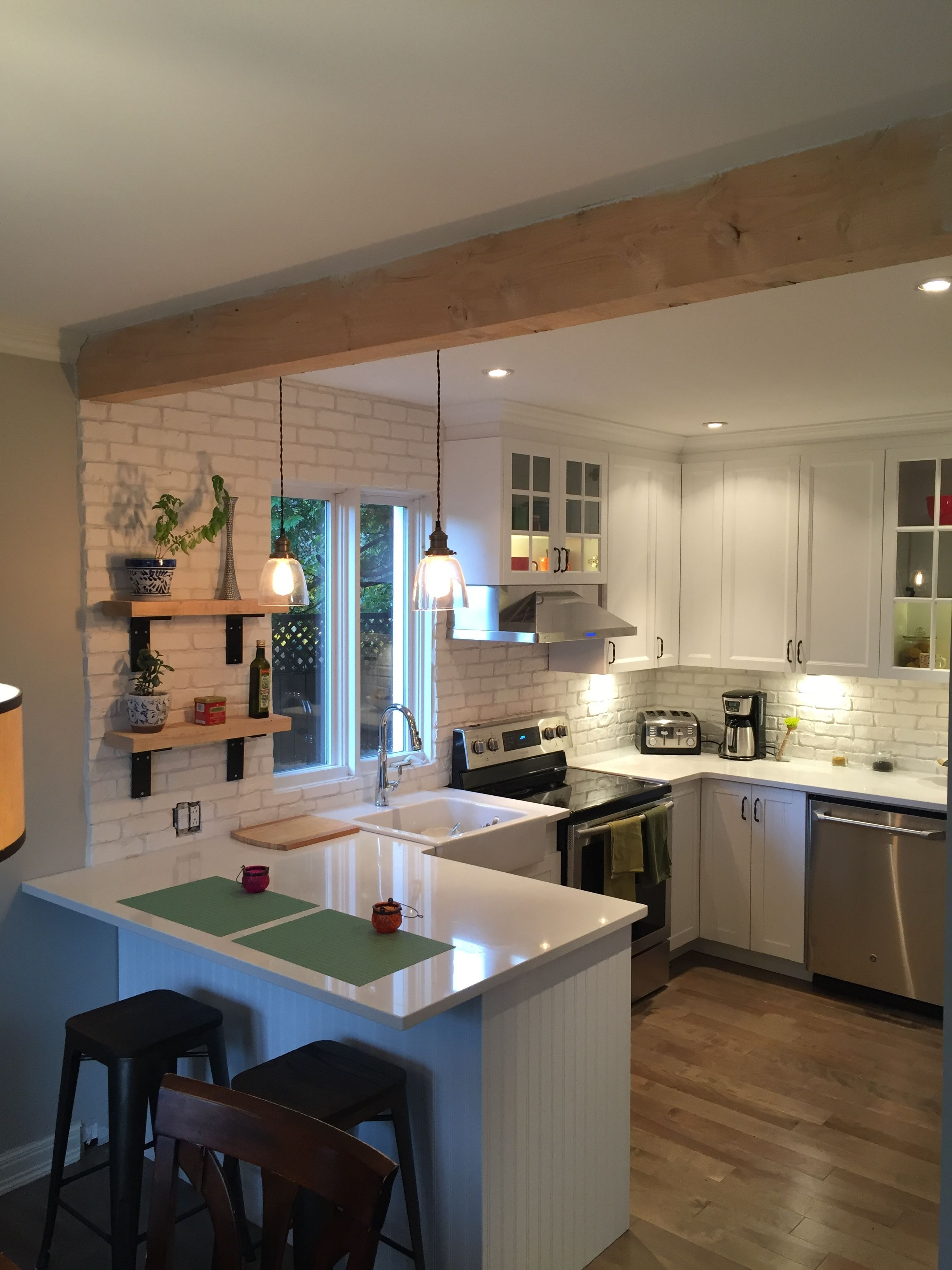 ne sous estimez pas le potentiel de votre cuisine pensez refacing d tails du projet. Black Bedroom Furniture Sets. Home Design Ideas