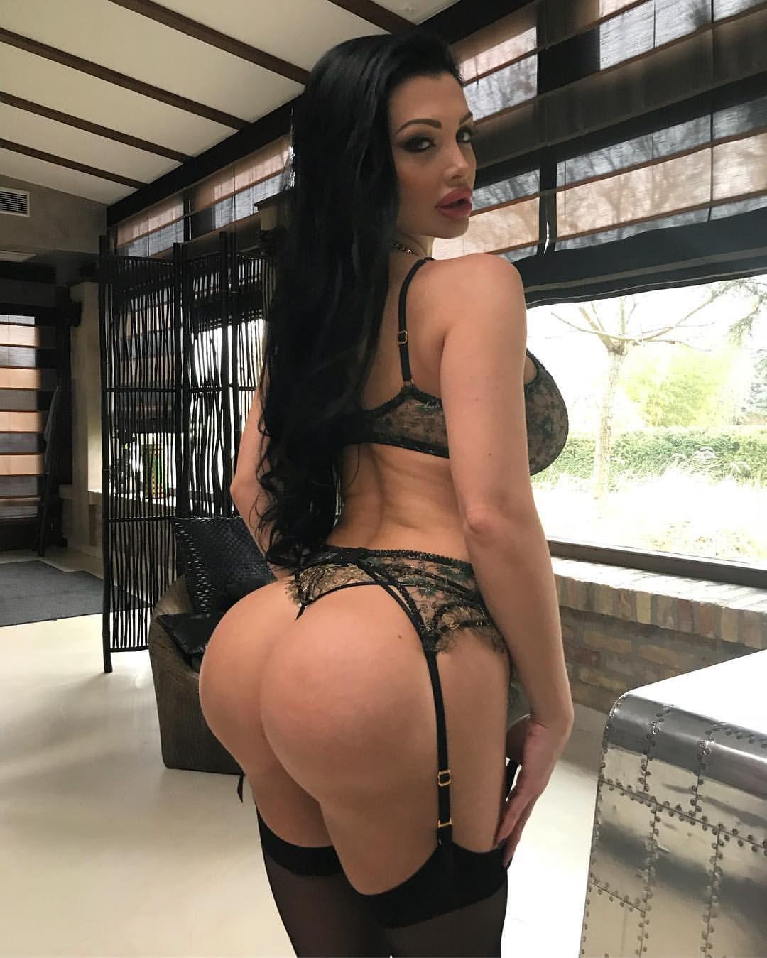 Lana rhoades ass implants