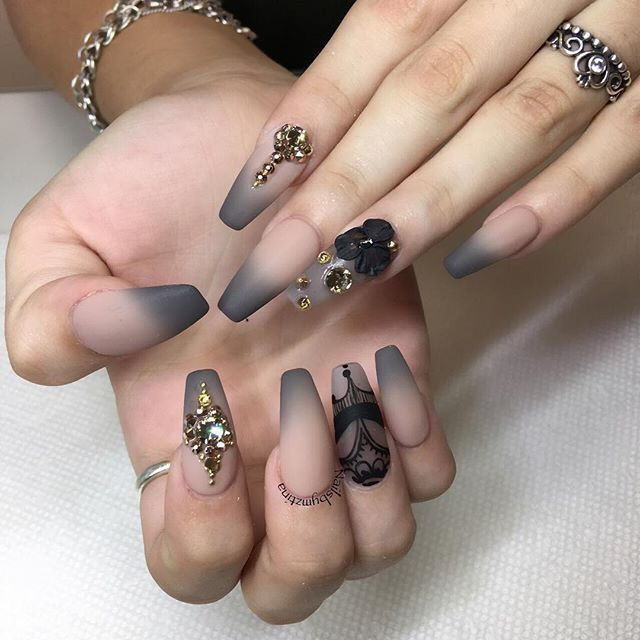 I Love These Coffin Nails Grey Ombre Tips With Black Nail Art And Rhinestone Embellishments Gorgeous Nails Nail Art Designs Nail Designs