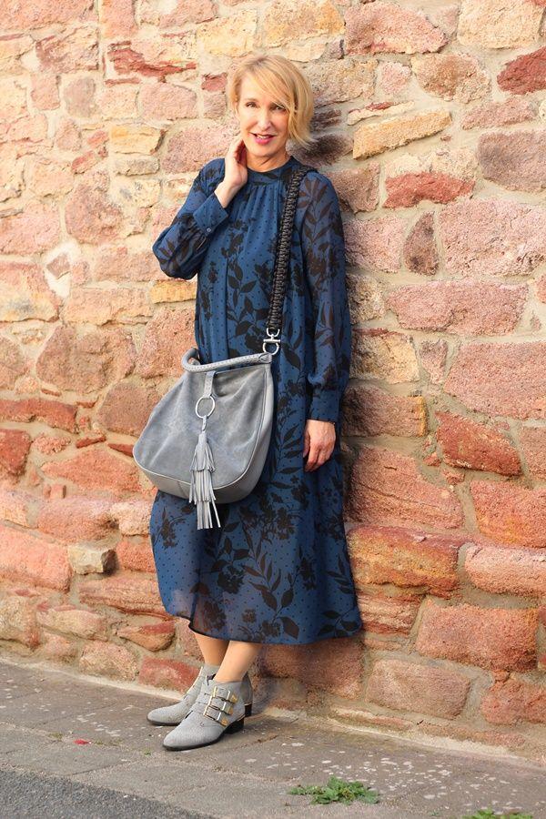 Langes Chiffon Kleid mit Blazer Glam up your Lifestyle