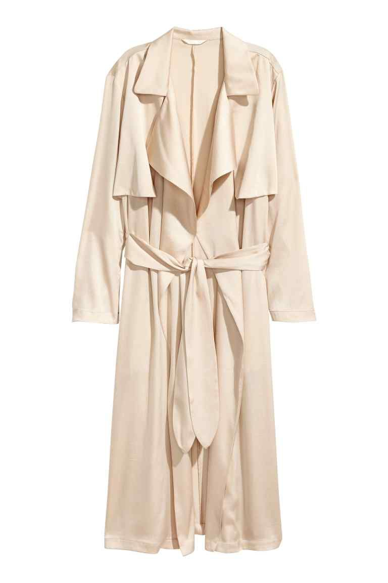 b53413cd80 Satin trenchcoat | OUTrWear | Lightweight trench coat, Kendall ...
