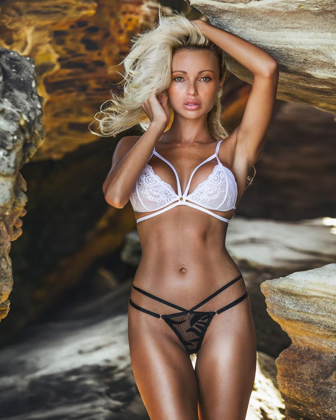 Young Abby Dowse naked (79 photo), Sexy, Cleavage, Feet, braless 2020