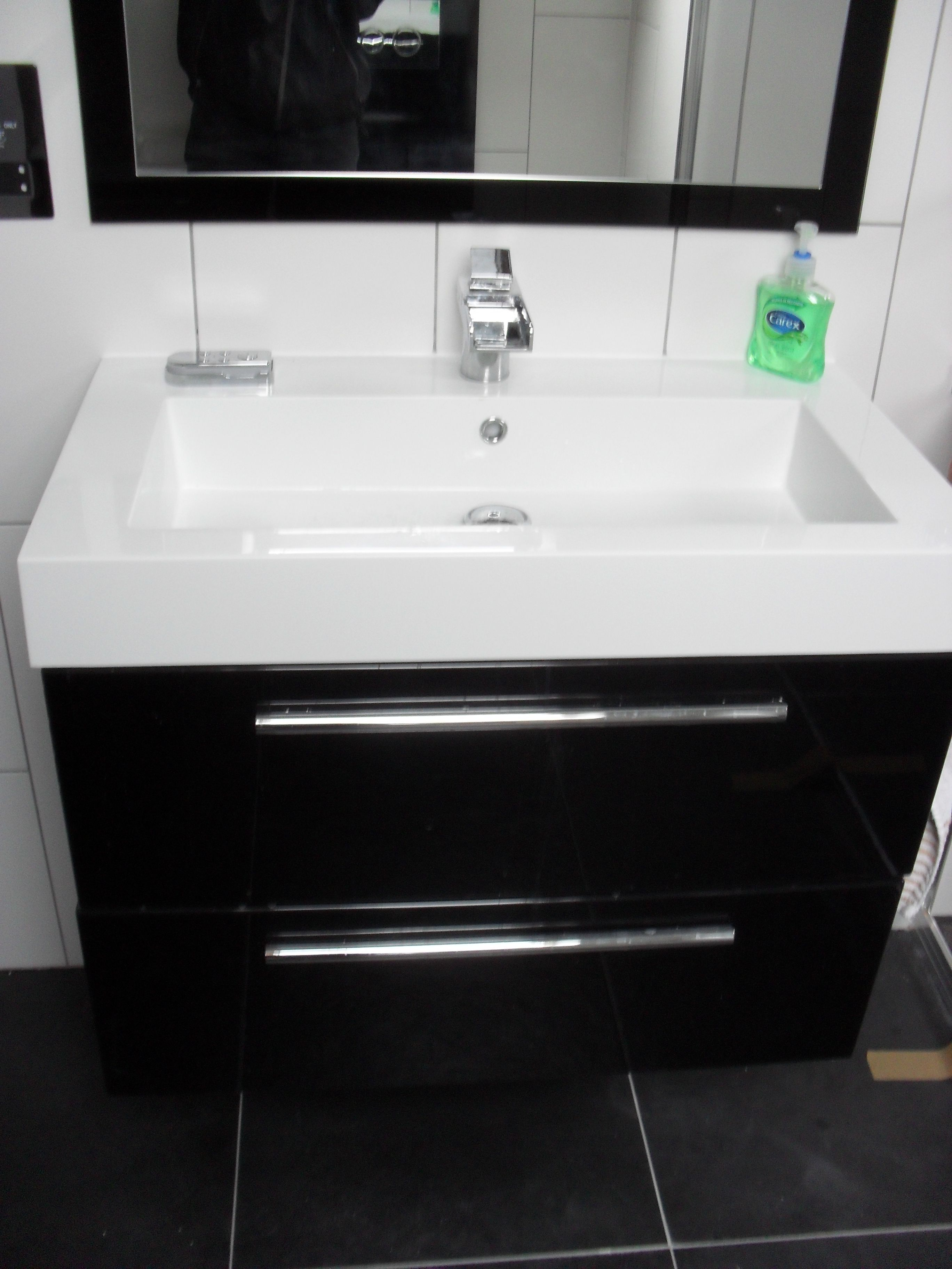 Utopia Modular Basin U0026 Vanity And The Amazing Crosswater Water Square Tap  That Lights The Water