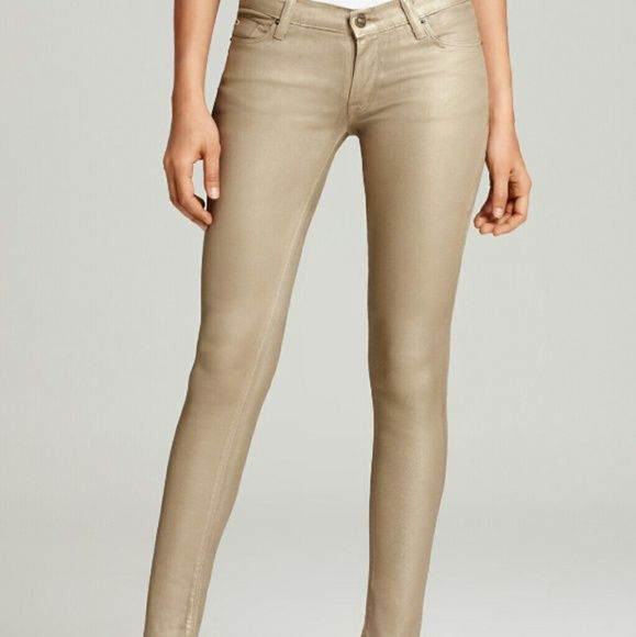 """Gold Super Skinny Low Rise Stretch Jeans (NWOT) Super skinny gold low rise jeans. This extremely soft pants are new without tags.  73% cotton, 26% poly 1% spandex. Machine washable.  41"""" out seam 31"""" inseam 8"""" rise 12"""" leg opening Degree Jeans Skinny"""