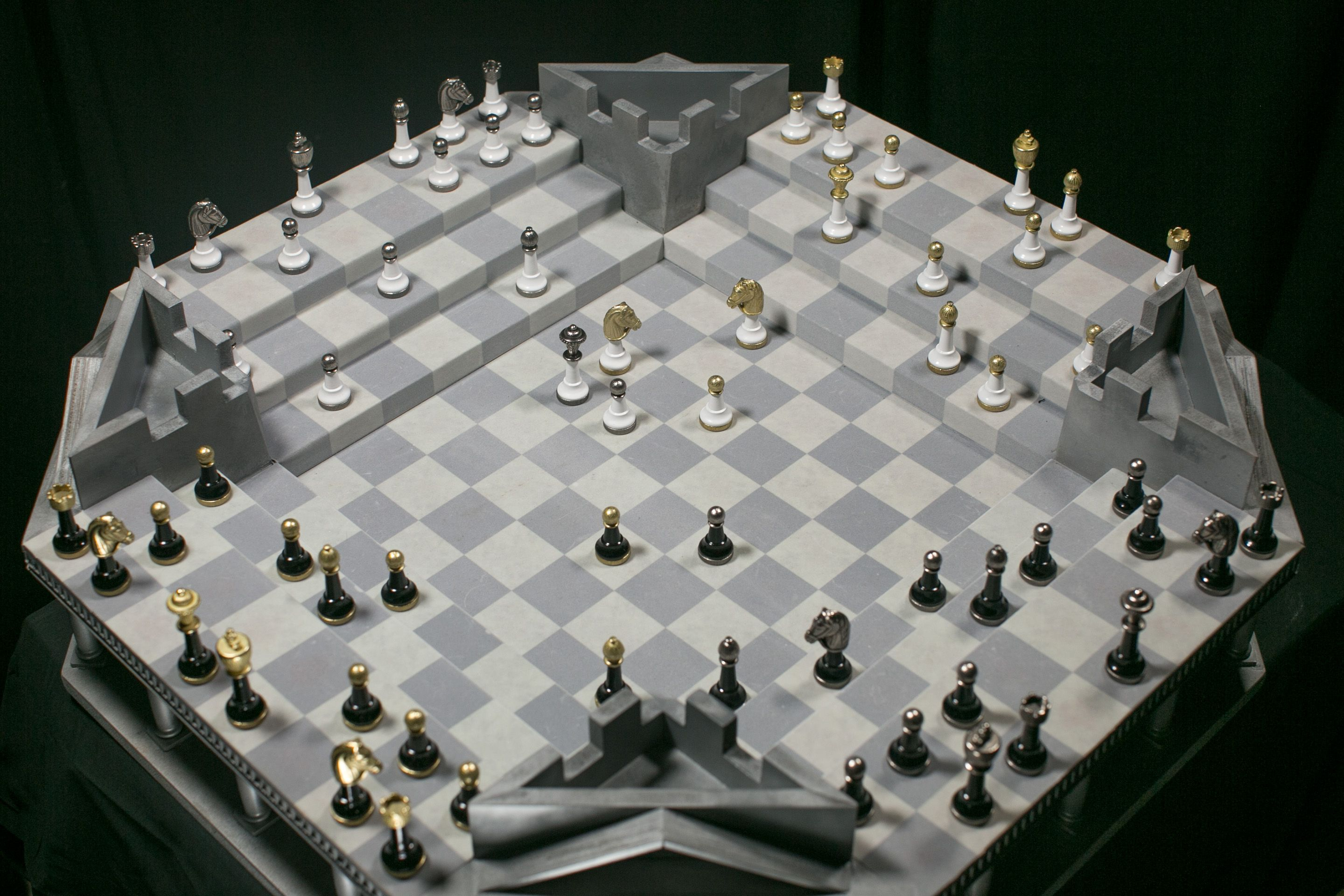 4Kings1War Strategy game inspired by Chess Strategy