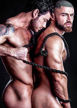 François Sagat faz pegação com modelo Jonathan Best em ensaio quente