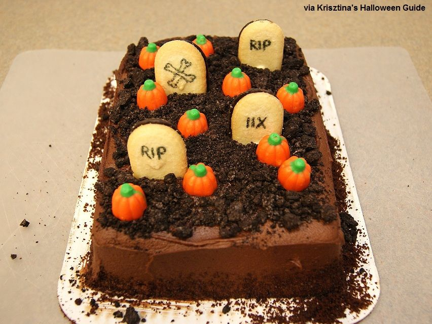 easy halloween cake ideas easygraveyardcakehalloweendesserts - Easy To Make Halloween Cakes