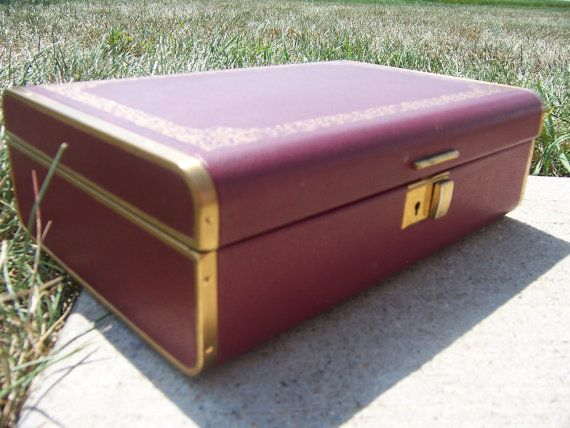 Farrington Jewelry Box Farrington Jewelry Box  Vintage Jewelry Box Burgundy Exterior With