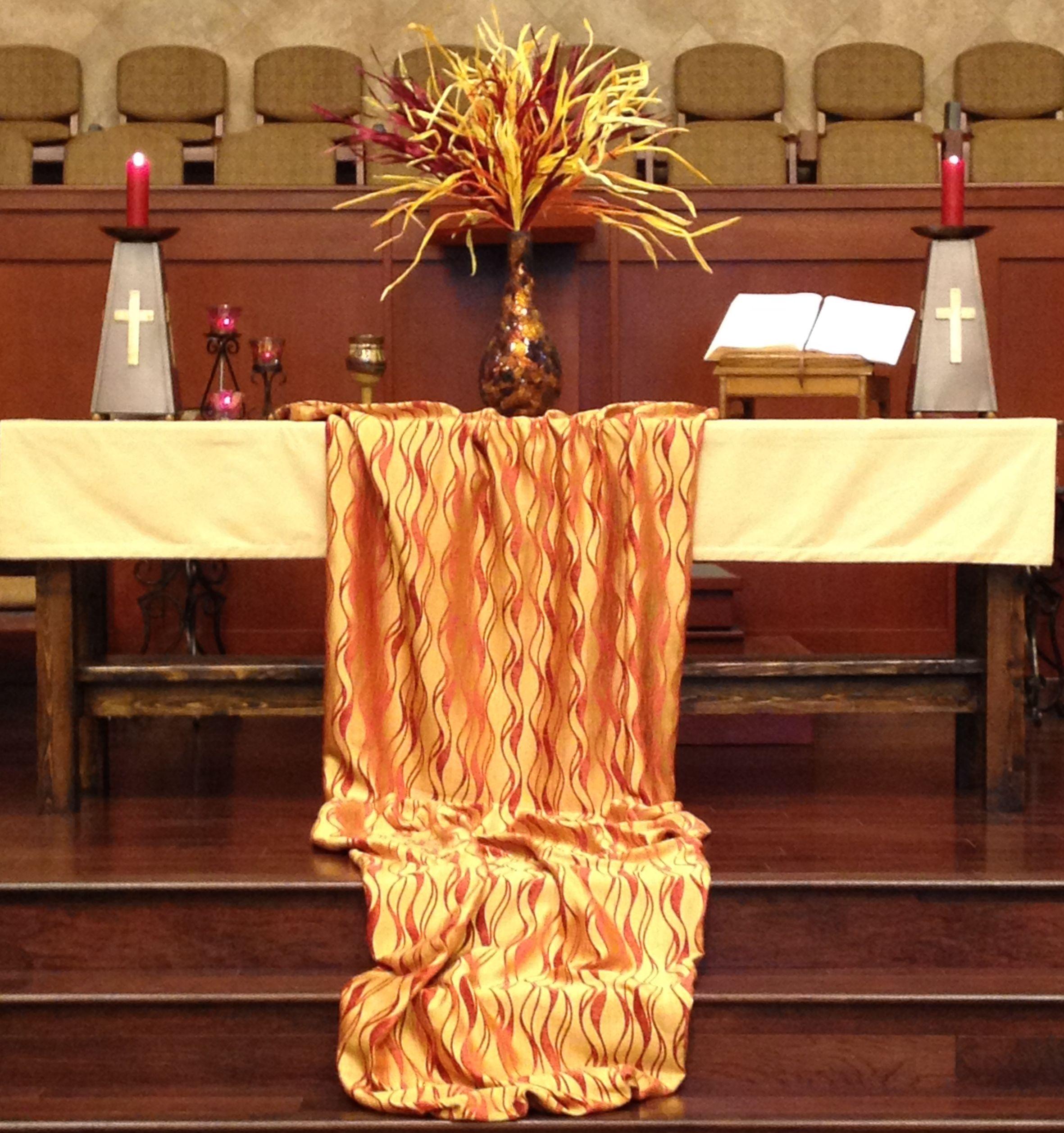 Pentecost Sanctuary Altar 2014, Grace Avenue UMC, Frisco