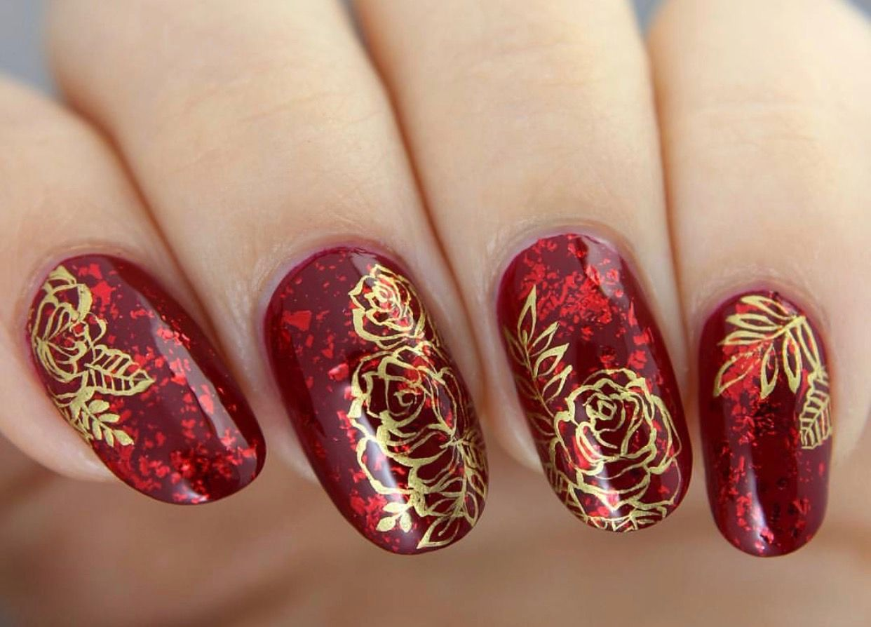 Beautiful gold roses over red base from cirque freehand nail art beautiful gold roses over red base from cirque freehand nail art by glitterfingersss prinsesfo Images