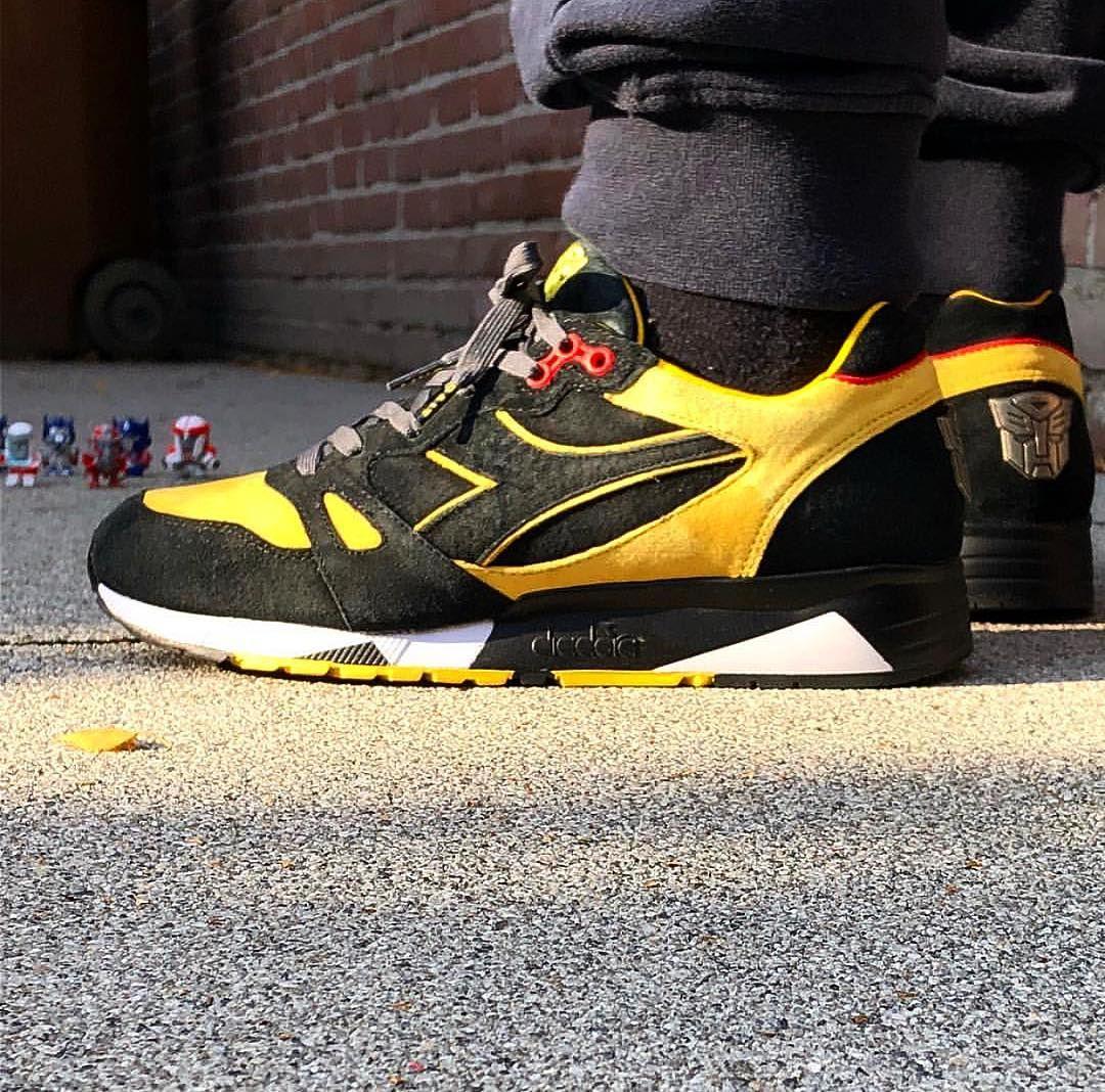 62cf672d7ca Pin by Adie Safdar on Sneakers