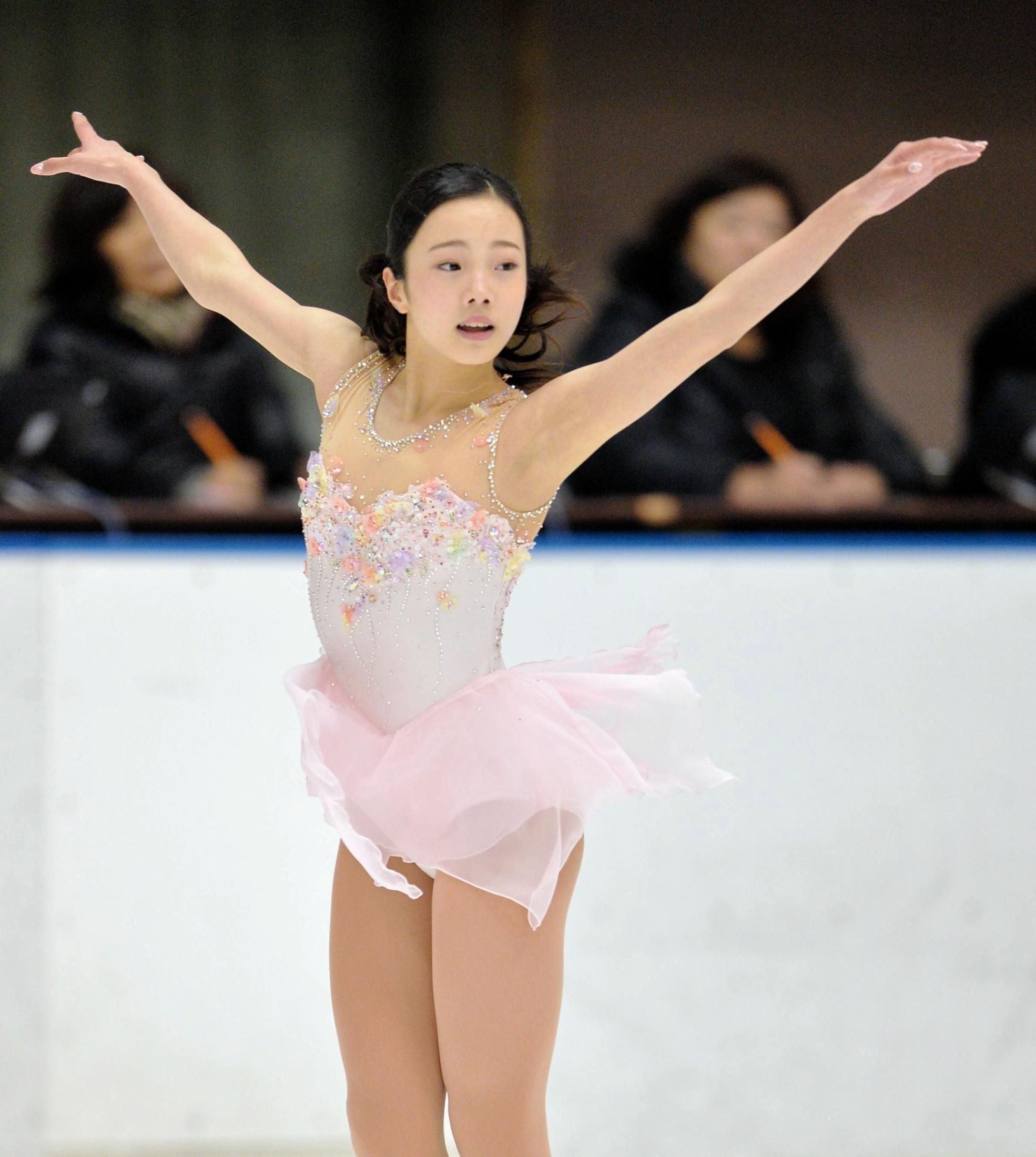 本田真凜はSP2位 坂本花織の得点に「すごっ!