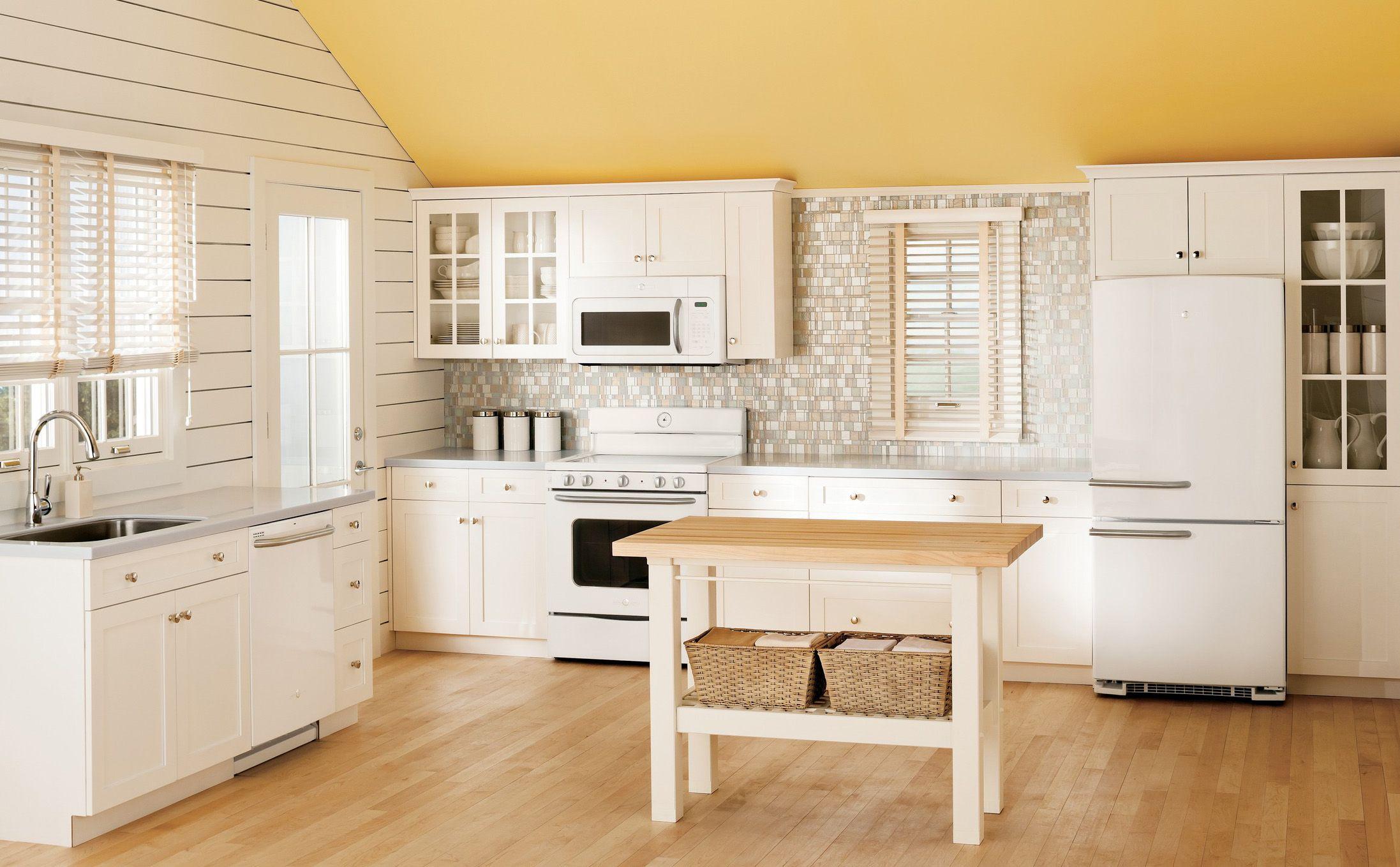 Retro Kitchen Photo featuring GE Artistry Kitchen Appliances | Home ...